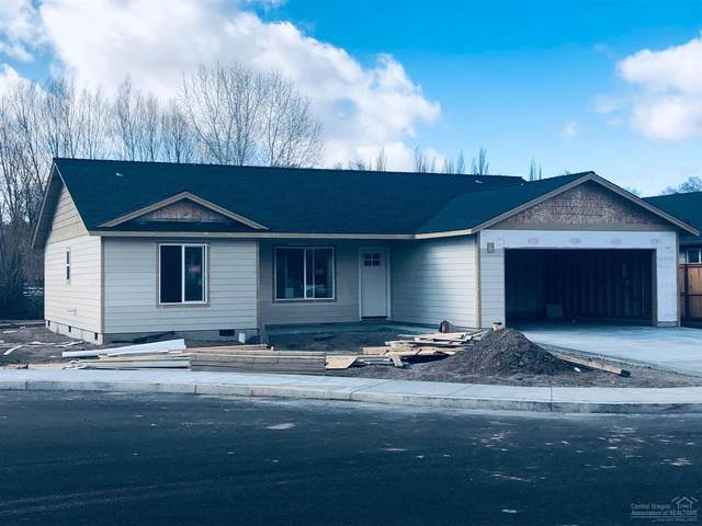 1068 NE Crista Court, Prineville, OR 97754 (MLS #202001409) :: Bend Homes Now