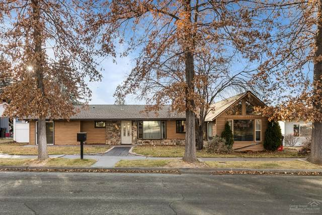 745 NW 9th Street, Redmond, OR 97756 (MLS #202001561) :: Coldwell Banker Bain