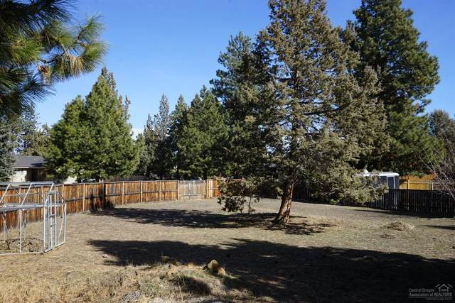 61607 Summer Shade Drive Lot 2, Bend, OR 97702 (MLS #202001600) :: Bend Homes Now