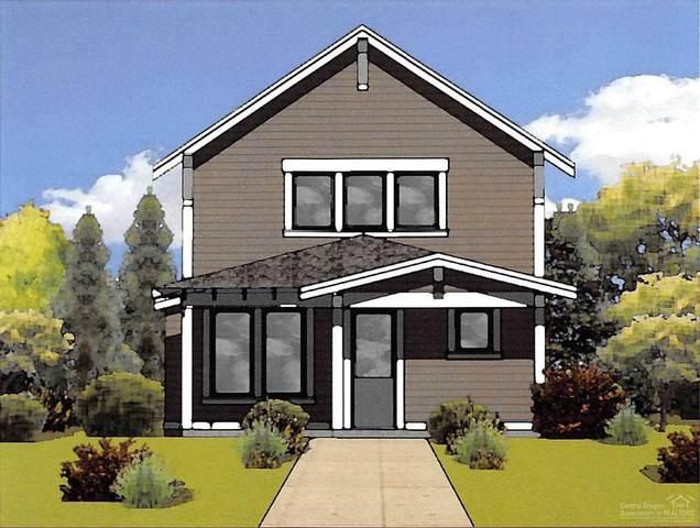 1068 E Black Butte Avenue, Sisters, OR 97759 (MLS #202001766) :: Stellar Realty Northwest