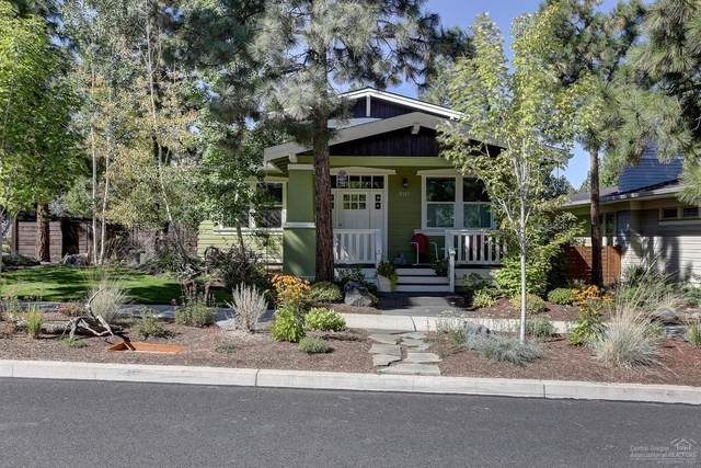 2317 NW Lolo Drive, Bend, OR 97703 (MLS #202001833) :: The Ladd Group