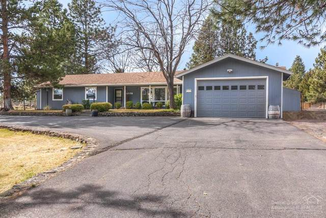 61975 Dobbin Road, Bend, OR 97702 (MLS #202002346) :: Berkshire Hathaway HomeServices Northwest Real Estate