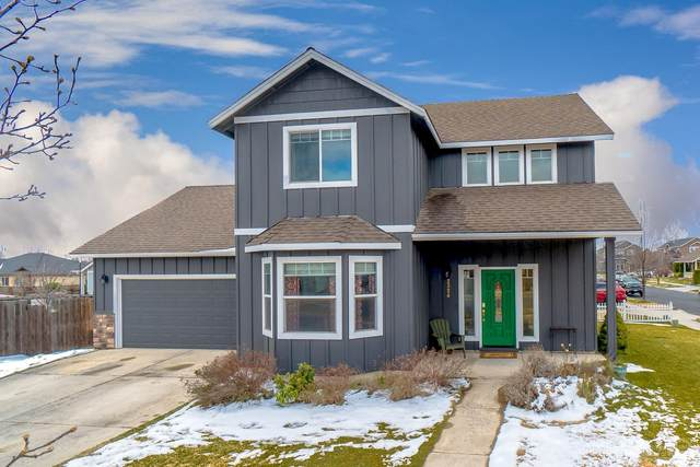 2324 NW Elm Avenue, Redmond, OR 97756 (MLS #202002438) :: Central Oregon Home Pros