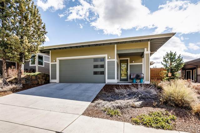 2260 NW Lakeside Place, Bend, OR 97703 (MLS #202002530) :: Bend Homes Now