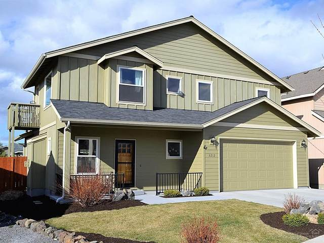 3212 NE Zoe Avenue, Bend, OR 97701 (MLS #202002534) :: Berkshire Hathaway HomeServices Northwest Real Estate
