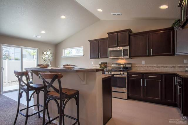 2429 NW Ivy Way, Redmond, OR 97756 (MLS #202002633) :: Central Oregon Home Pros