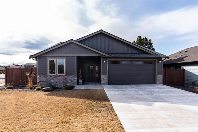 2251 NE Indigo Lane, Bend, OR 97701 (MLS #202002681) :: Berkshire Hathaway HomeServices Northwest Real Estate