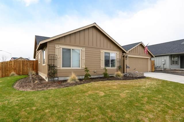 2626 SW Juniper Lane, Redmond, OR 97756 (MLS #202002729) :: Windermere Central Oregon Real Estate