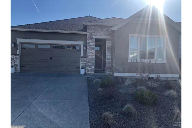 20863 SE Sunniberg Lane, Bend, OR 97702 (MLS #202002737) :: Berkshire Hathaway HomeServices Northwest Real Estate