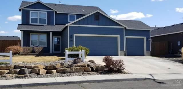 340 SW 33rd Drive, Redmond, OR 97756 (MLS #202002825) :: The Ladd Group