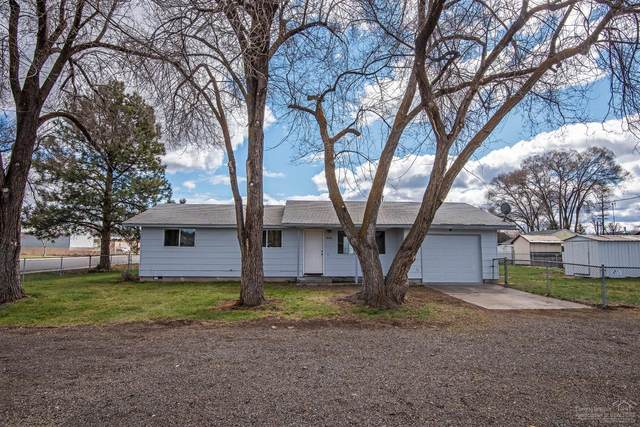 962 NW Glenwood Street, Prineville, OR 97754 (MLS #202002859) :: Berkshire Hathaway HomeServices Northwest Real Estate