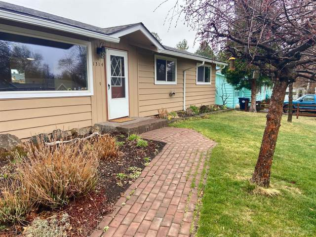 1314 NE Thompson Drive, Bend, OR 97701 (MLS #202002926) :: Fred Real Estate Group of Central Oregon