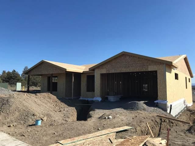 4312 SW Yew Avenue, Redmond, OR 97756 (MLS #202002949) :: Berkshire Hathaway HomeServices Northwest Real Estate