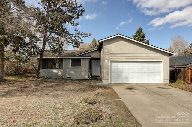 2044 NE Monterey Avenue, Bend, OR 97701 (MLS #202002954) :: Berkshire Hathaway HomeServices Northwest Real Estate