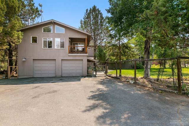 19005 Couch Market Road, Bend, OR 97703 (MLS #202003001) :: The Ladd Group