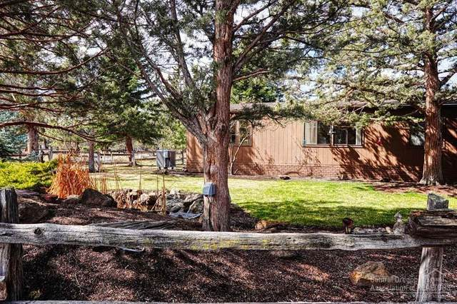69592 Lake Drive, Sisters, OR 97759 (MLS #202003002) :: Fred Real Estate Group of Central Oregon