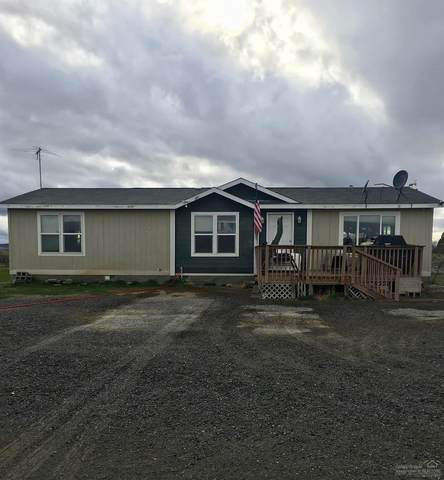 86396-86396 Hill Lane, Christmas Valley, OR 97641 (MLS #202003379) :: The Ladd Group
