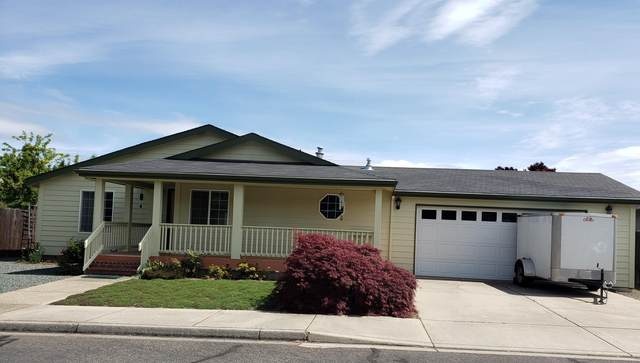 1309 Carlson Drive, Medford, OR 97501 (MLS #220100111) :: Bend Homes Now