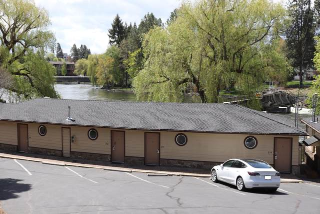 1565 NW Wall Street #253, Bend, OR 97703 (MLS #220100435) :: CENTURY 21 Lifestyles Realty
