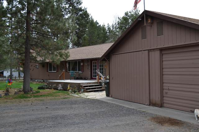 52729 Ammon Road, La Pine, OR 97739 (MLS #220100466) :: Bend Relo at Fred Real Estate Group