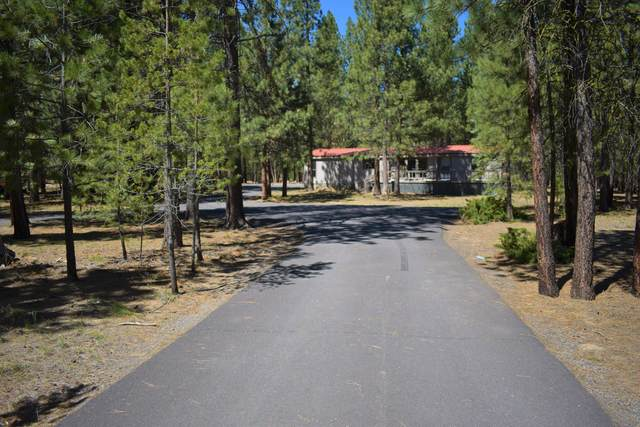 14910 S Sugar Pine Way, La Pine, OR 97739 (MLS #220100655) :: Berkshire Hathaway HomeServices Northwest Real Estate