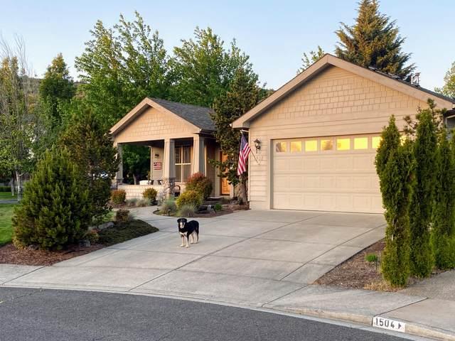 1508 Summitridge Circle, Medford, OR 97504 (MLS #220100742) :: CENTURY 21 Lifestyles Realty