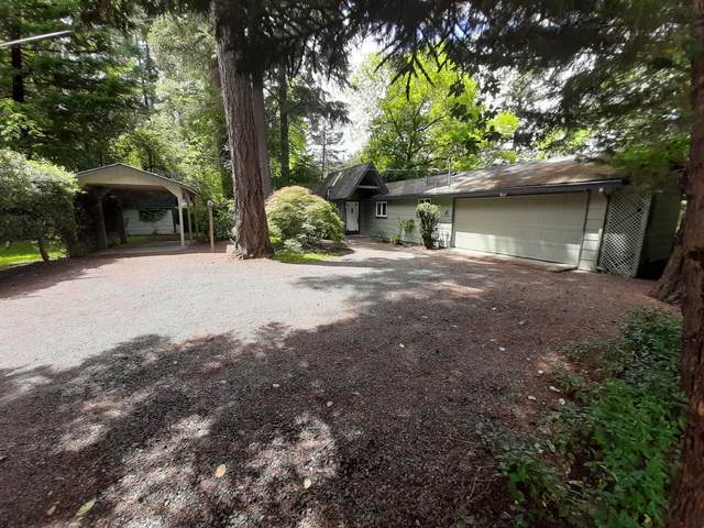450 Whispering Pines Lane, Grants Pass, OR 97527 (MLS #220101319) :: The Ladd Group
