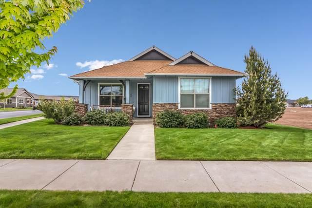 775 NE Whistle Way, Prineville, OR 97754 (MLS #220101352) :: Berkshire Hathaway HomeServices Northwest Real Estate