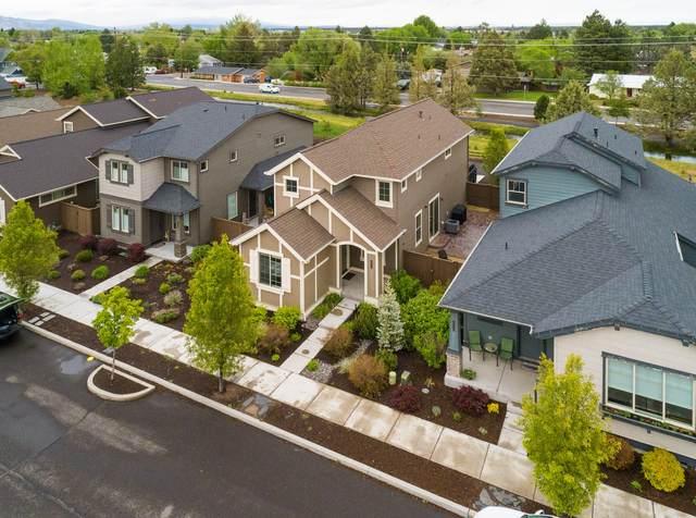 3232 SW 28th Street, Redmond, OR 97756 (MLS #220101396) :: Windermere Central Oregon Real Estate