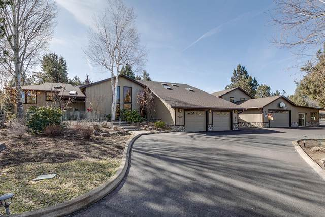 21809 Boones Borough Drive, Bend, OR 97701 (MLS #220101445) :: Berkshire Hathaway HomeServices Northwest Real Estate