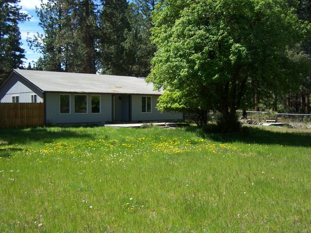 19225 River Woods Drive, Bend, OR 97702 (MLS #220101455) :: CENTURY 21 Lifestyles Realty