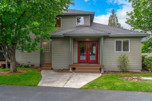 1069 Golden Pheasant Drive, Redmond, OR 97756 (MLS #220101548) :: Berkshire Hathaway HomeServices Northwest Real Estate