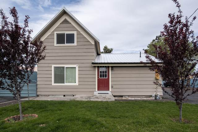 170 8th Street, Madras, OR 97741 (MLS #220101578) :: Central Oregon Home Pros