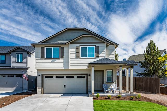63334 Lamoine Lane, Bend, OR 97701 (MLS #220101616) :: Berkshire Hathaway HomeServices Northwest Real Estate