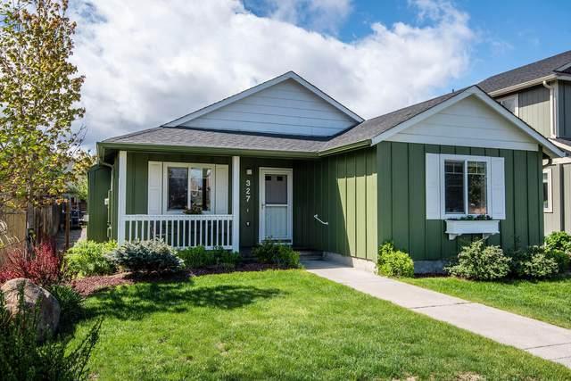 327 E Black Butte Avenue, Sisters, OR 97759 (MLS #220101641) :: Windermere Central Oregon Real Estate
