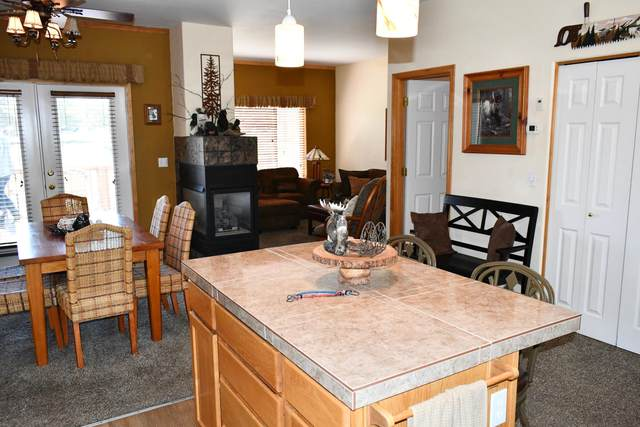 1149 Golden Pheasant Drive, Redmond, OR 97756 (MLS #220101670) :: Berkshire Hathaway HomeServices Northwest Real Estate