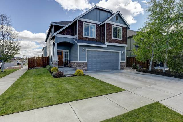 61776 Darla Place, Bend, OR 97702 (MLS #220101683) :: Berkshire Hathaway HomeServices Northwest Real Estate
