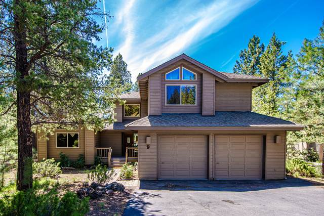17917 Rhododendron Lane, Sunriver, OR 97707 (MLS #220101730) :: The Ladd Group