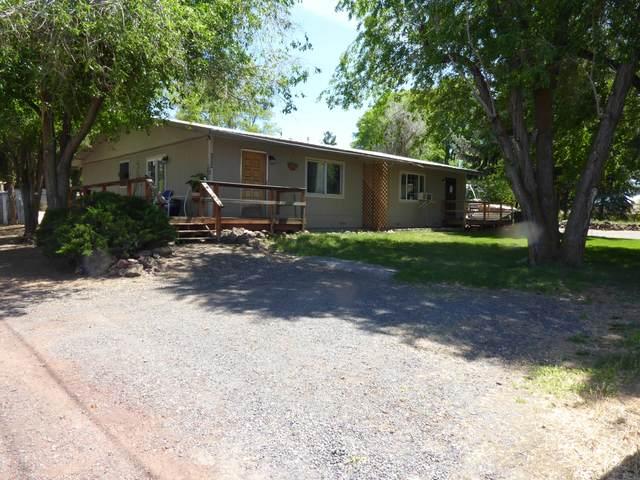 656-664 Wilson Avenue, Metolius, OR 97741 (MLS #220101840) :: Berkshire Hathaway HomeServices Northwest Real Estate