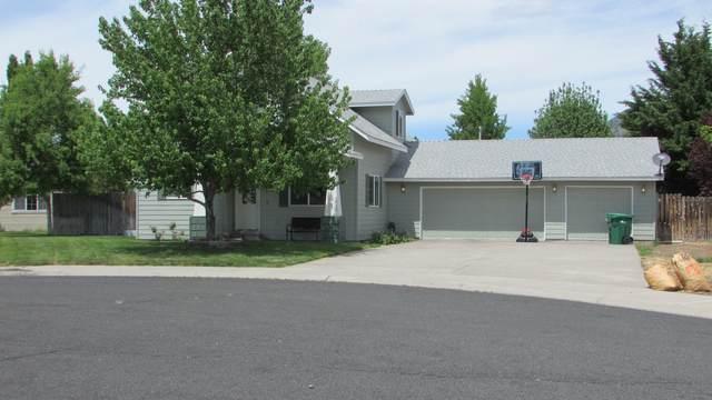 6315 Metro Street, Klamath Falls, OR 97603 (MLS #220101863) :: CENTURY 21 Lifestyles Realty