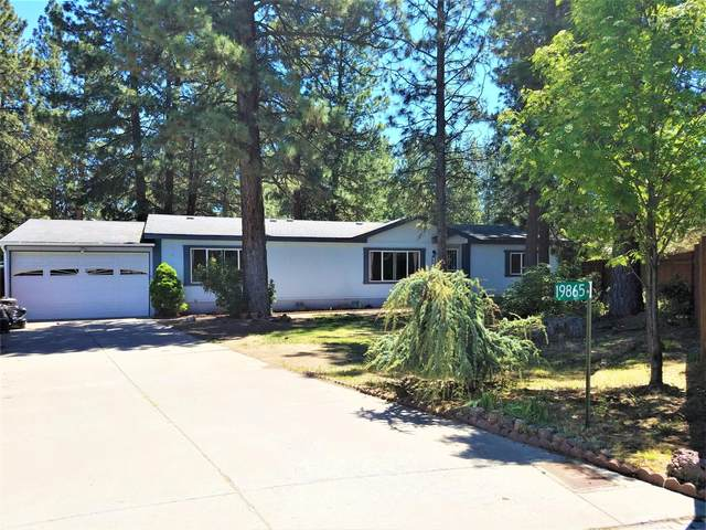 19865 Fennic Court, Bend, OR 97702 (MLS #220101896) :: CENTURY 21 Lifestyles Realty