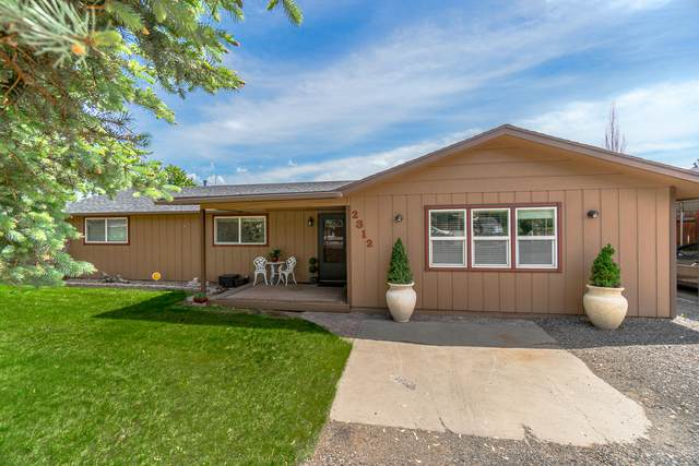 2312 NW 12th Street, Redmond, OR 97756 (MLS #220101955) :: Central Oregon Home Pros