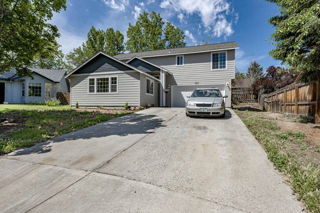 2217 SW 30th Court, Redmond, OR 97756 (MLS #220102034) :: Central Oregon Home Pros