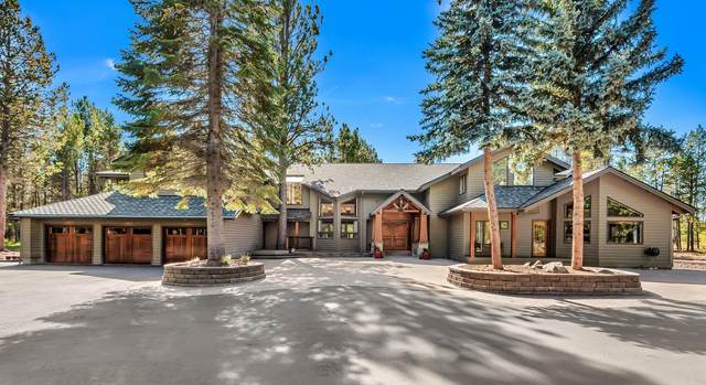 55755 Cone Place, Bend, OR 97707 (MLS #220102050) :: The Ladd Group