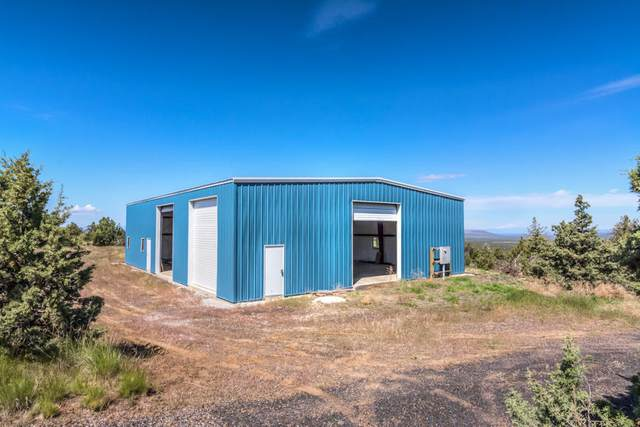 15626 SE Springfield Street, Prineville, OR 97754 (MLS #220102052) :: Central Oregon Home Pros