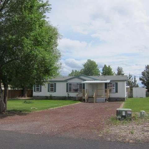 3610 NW Oak Avenue, Redmond, OR 97756 (MLS #220102073) :: Central Oregon Home Pros