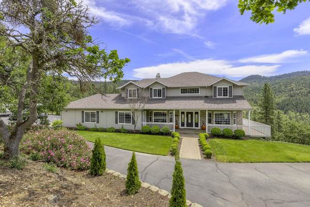 6610 Hillcrest Road, Medford, OR 97504 (MLS #220102108) :: The Ladd Group
