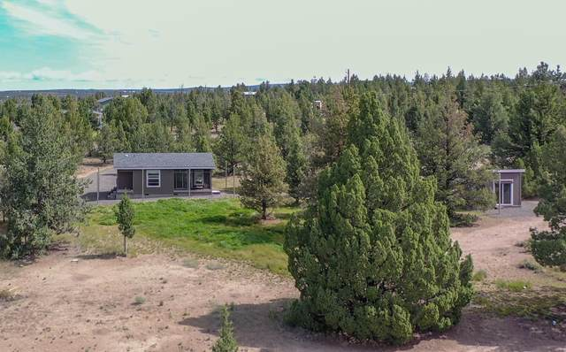4711 SE Umatilla Loop, Prineville, OR 97754 (MLS #220102111) :: Team Birtola | High Desert Realty