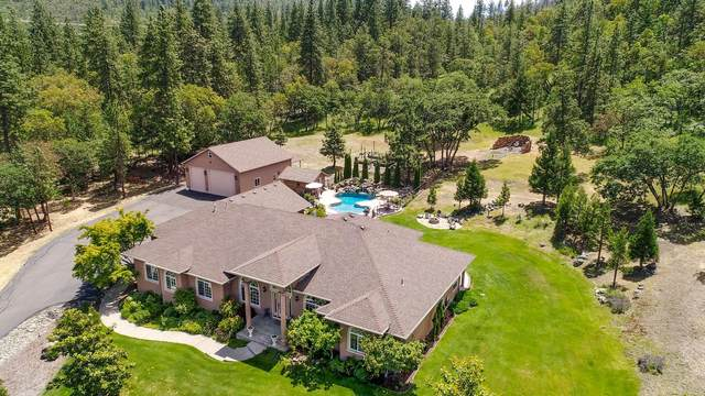 3980 Manzanita Heights Drive, Medford, OR 97504 (MLS #220102152) :: Berkshire Hathaway HomeServices Northwest Real Estate