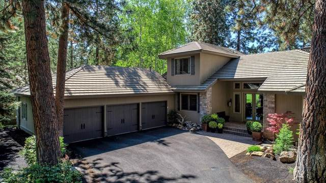 19349 Soda Springs Drive, Bend, OR 97702 (MLS #220102168) :: The Ladd Group